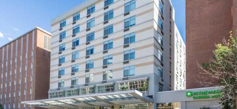 book hotel at Buffalo